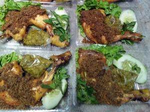 Ayam-Goreng-Sambal-Ijo